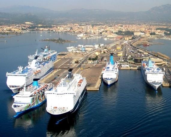 traghetti sardegna low cost